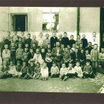 1911-Geza-Frid-zesde-van-rechts-in-2e-rij-lagere-school-Maramarossziget