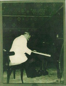 1956: Concert Géza Frid op de Indische Oceaan, aan boord van de Johan van Oldenbarnevelt