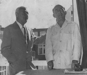 1960 Tibor Serly thuis bij Géza Frid